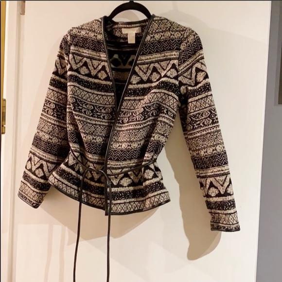 🎁 NWT Tribal print textured Jacket !!!